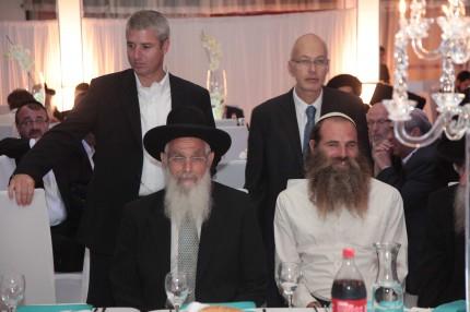 הרב יעקב אריאל והרב מיכי יוספי