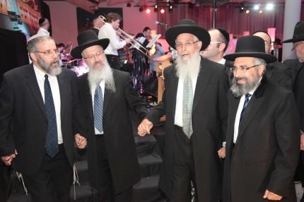 הרב רצון ערוסי, הרב יעקב אריאל, הרב אברהם יוסף והרב אביחי קציר