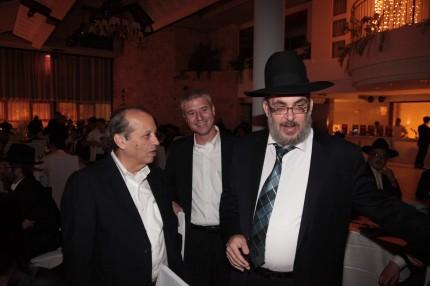 ראש עיריית בני ברק יעקב אשר עם יוסף גרינפלד ועידו ליבוביץ