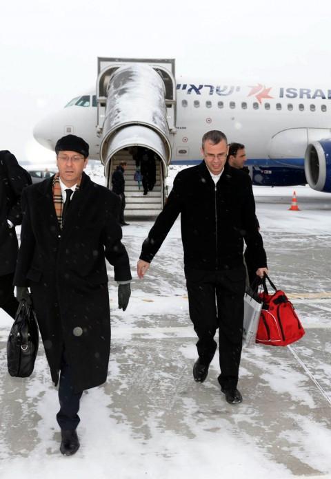 יריב לוין יצחק הרצוג מטוס