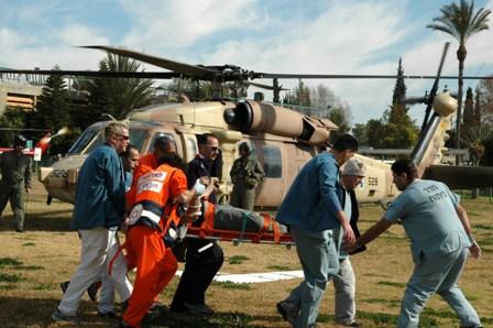 חולים חייל מלחמה מסוק