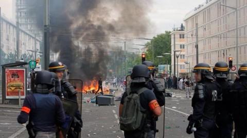 מהומות אנטישמיות צרפת טרור הפגנה