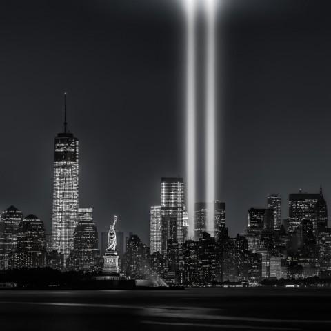 12 מגדלי התאומים ניו יורק ארה''ב אל קעידה טרור פיגועs, 9/11