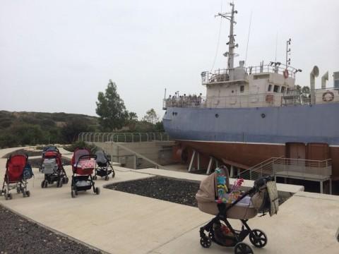 אוניה, ספינה, עגלות
