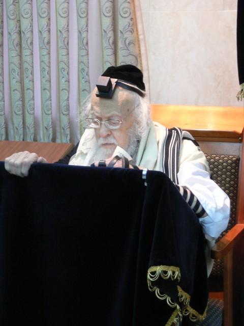 הרב אלישיב (7)