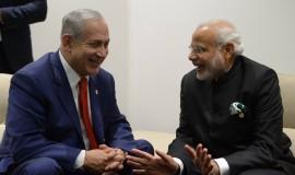 """פגישת ראש הממשלה בנימין נתניהו עם ראש ממשלת הודו נרנדרה מודי בפריז. צילום: עמוס בן גרשום לע""""מ"""