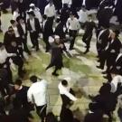 הריקודים בפתח הציון