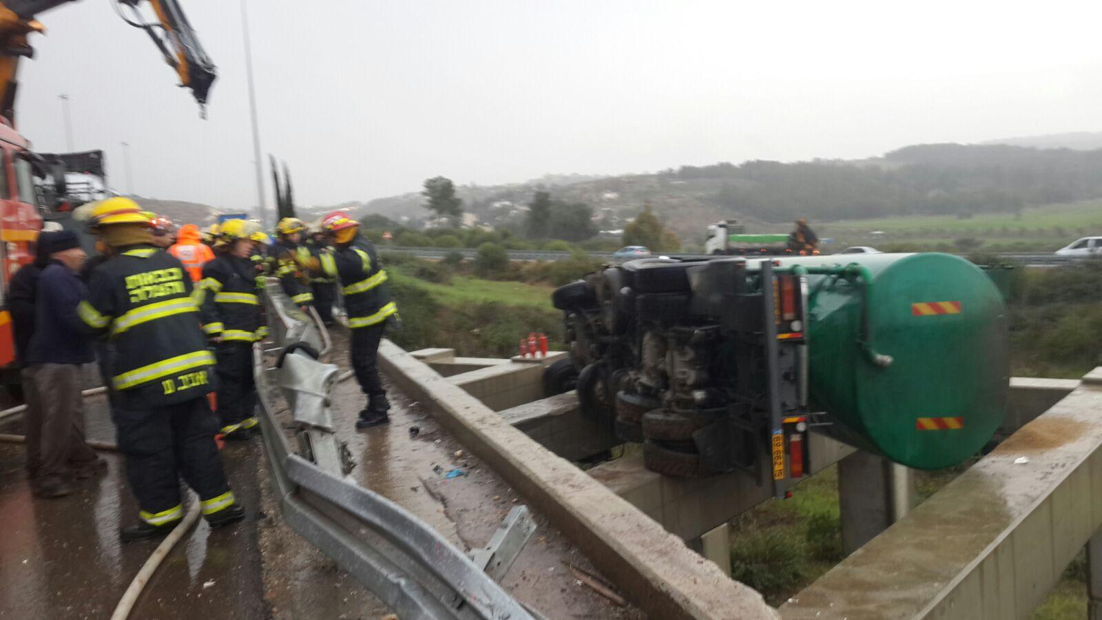 חילוץ, גשם, גשר משאית