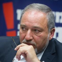 שר הביטחון, אביגדור ליברמן