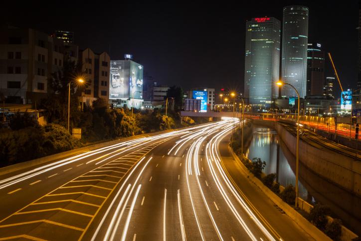 תל אביב כביש עזריאלי
