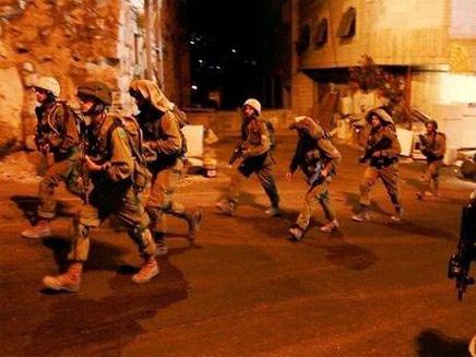 חיילים באיזור קלנדיה