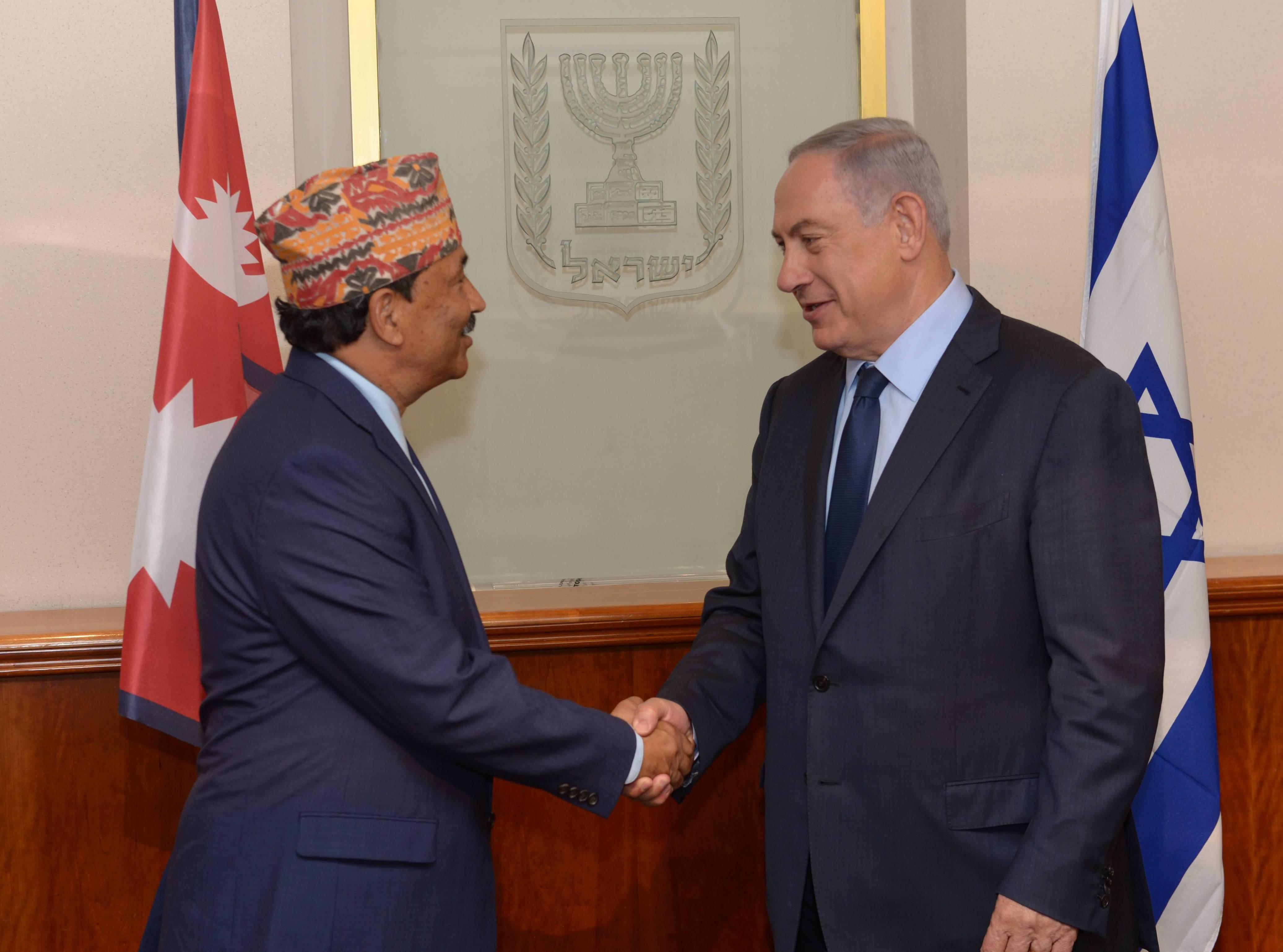 בנימין נתניהו עם שר החוץ של נפאל