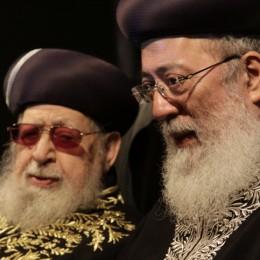 הרב עמאר, מרן הרב עובדיה יוסף.
