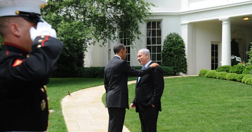 """נתניהו ומי שקידם את ההסכם, נשיא ארה""""ב לשעבר, ברק אובמה"""