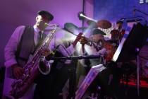 המנגנים, תזמורת, חתונה, נגנים