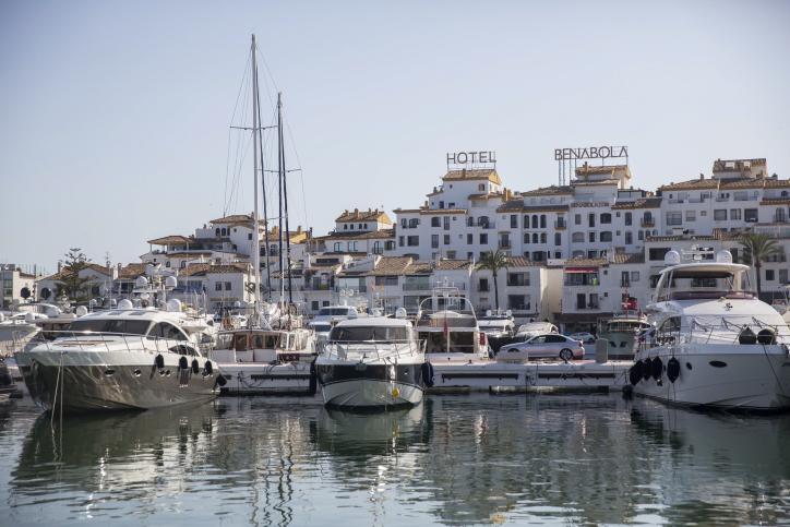 ..ספרד תיירות מבנים עתיקים  ספינה ים