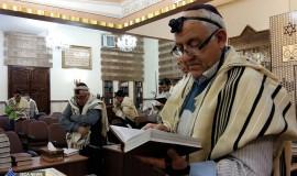 בית כנסת יהודים איראן תפילין תפילה