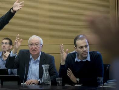 חברי הכנסת מיקי זוהר ומנואל טרכטנברג, ממציעי החוק