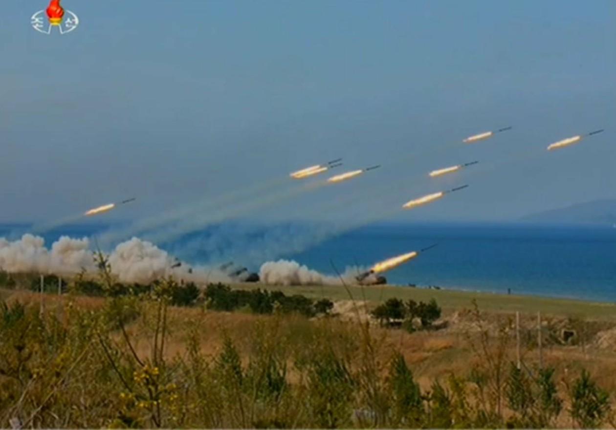 שיגור טילים בצפון קוריאה