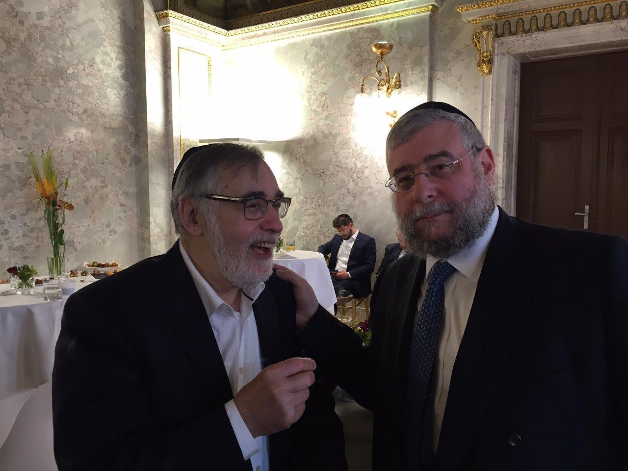 הרב גולדשמיט והרב גיגי במשרד החוץ האוסטרי