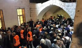 כניסה לקבר יוסף