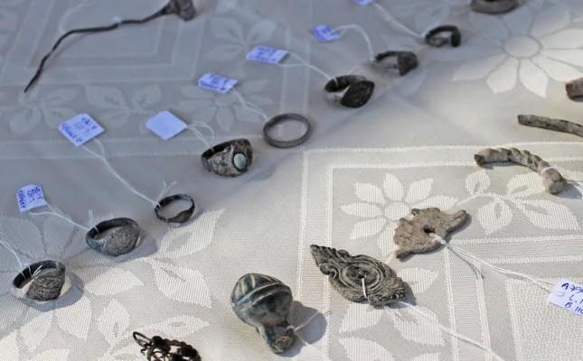 חלק מהתכשיטים שנמצאו