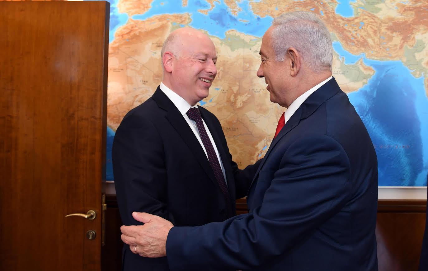 """ראש הממשלה בנימין נתניהו והשליח המיוחד של ארה""""ב גייסון גרינבלט"""