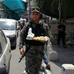 רשפ פלסטיני חייל ממתקים