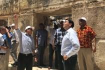 השגרירים בעת הסיור בעיר העתיקה