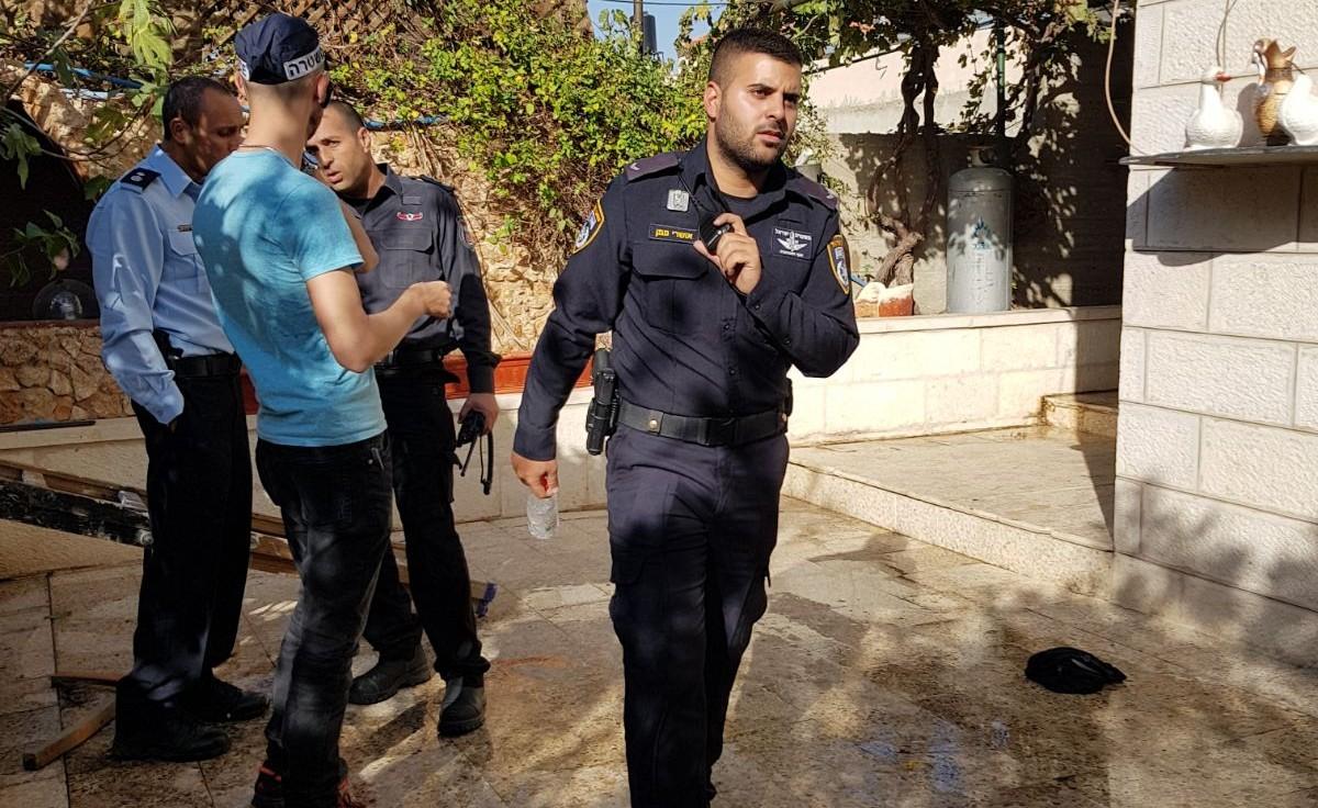 השוטרים בזירה