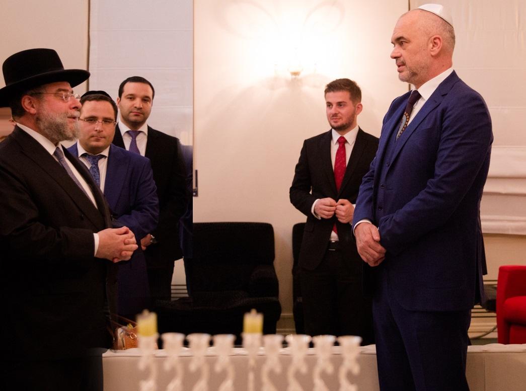 הדלקת נרות אלבניה