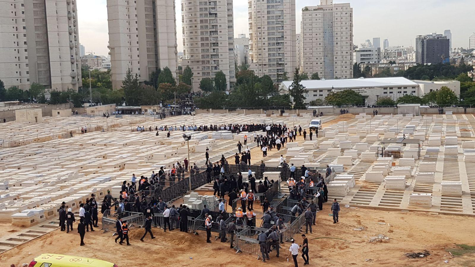 הקבורה 001