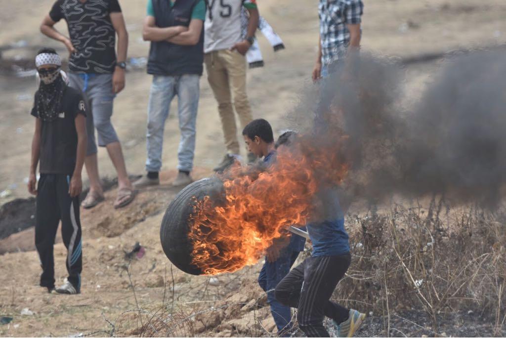 מתפרעים פלסטיניים