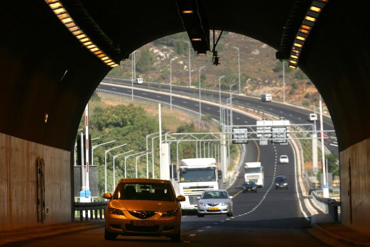 רכבים מנהרה ירושלים
