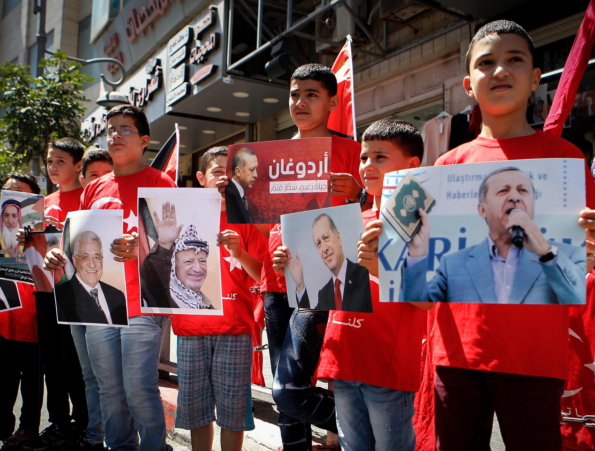 מפגינים בטורקיה • אילוסטרציה