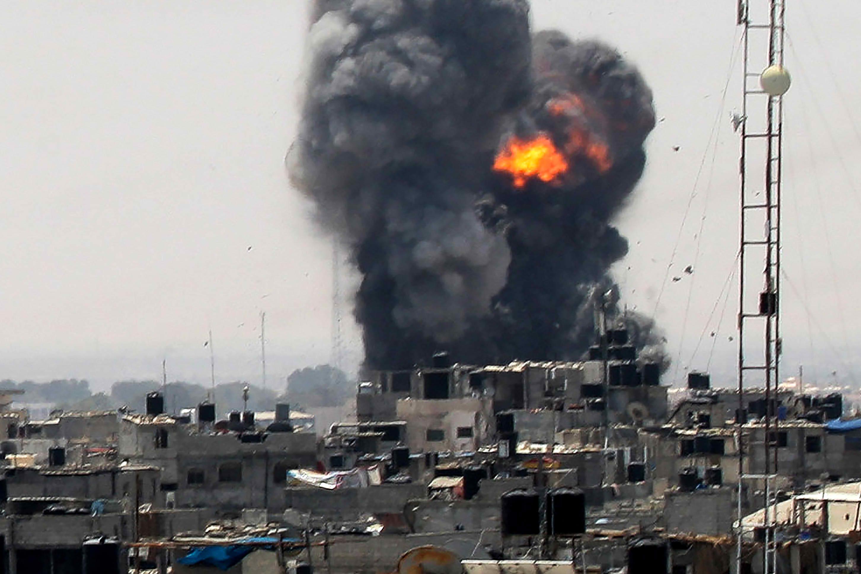 הפצצות בעזה אתמול. צילום פלאש 90