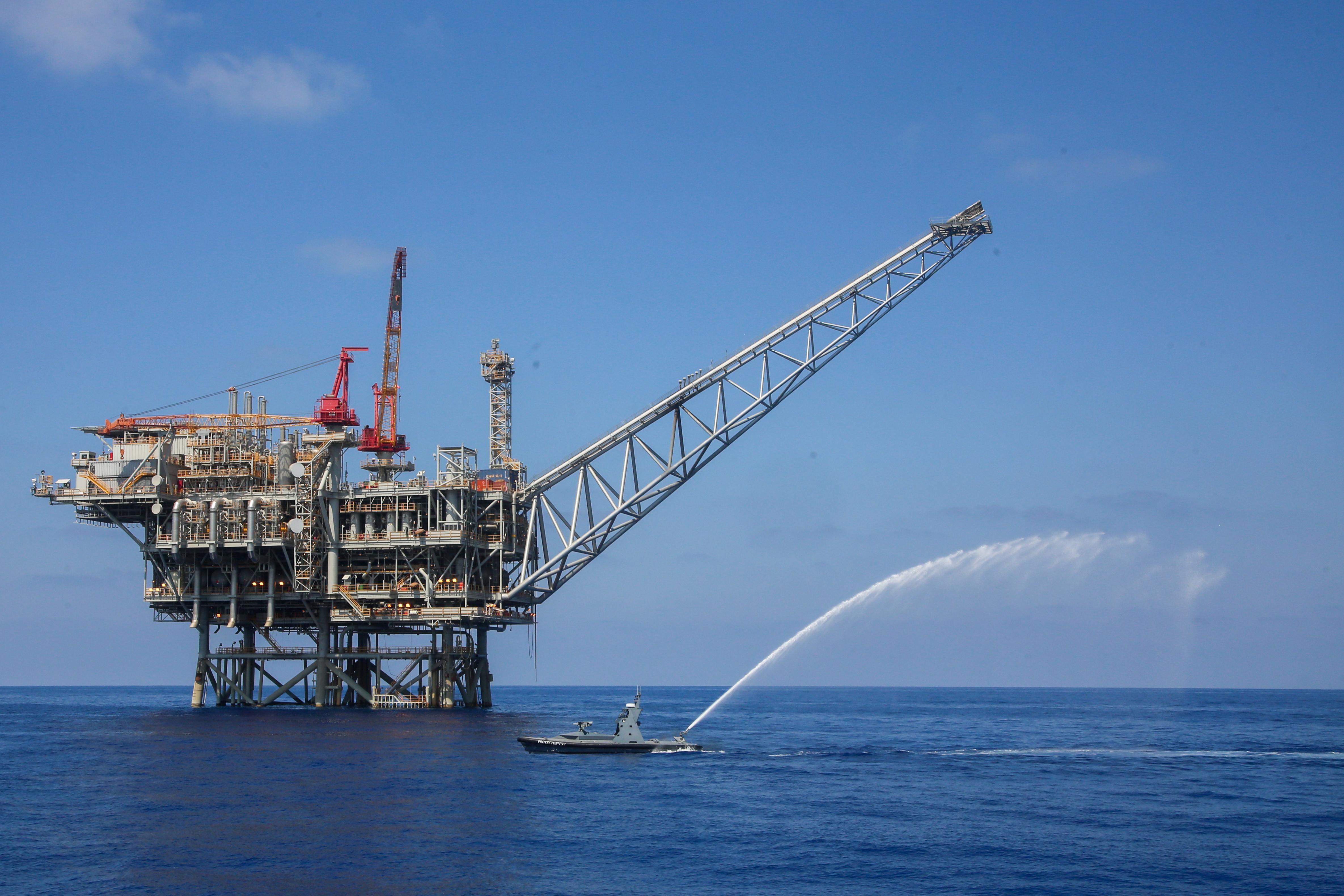 אסדות הגז הישראליות במחלוקת מול לבנון