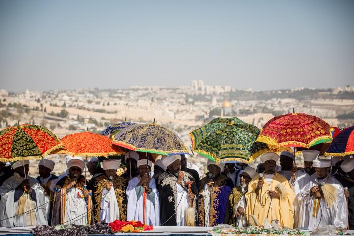 קייסים מבני העדה האתיופת בירושלים במהלך חג 'הסיגד'