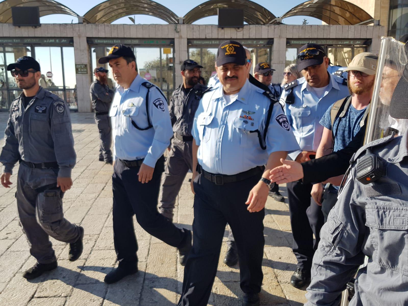 """המפכ""""ל ומפקד משטרת ירושלים בכותל היום"""