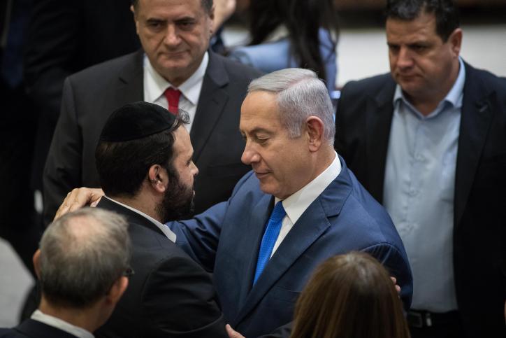 ראש הממשלה עם ינון אזולאי בדיון לזכרו של אביו