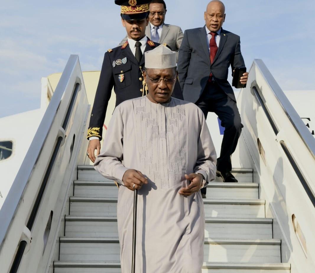 נשיא צ'אד ברידתו מהמטוס בנמל התעופה בן גוריון