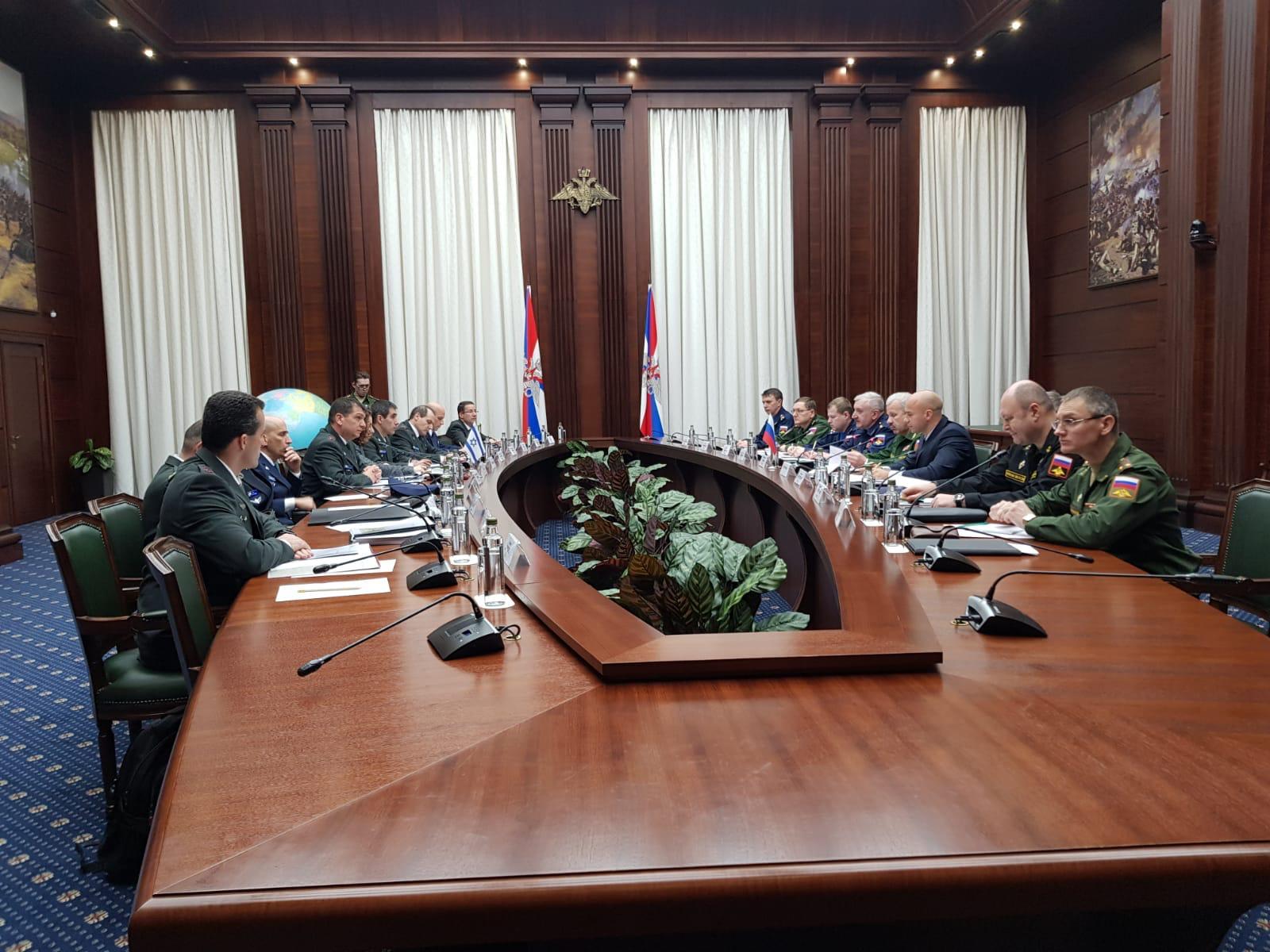מפגש המשלחות ברוסיה