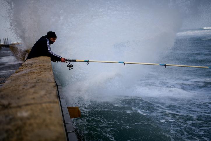 יוצאים לדוג היום בתל אביב