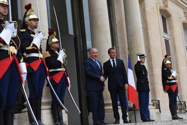 ראש הממשלה עם נשיא צרפת בארמון אליזה