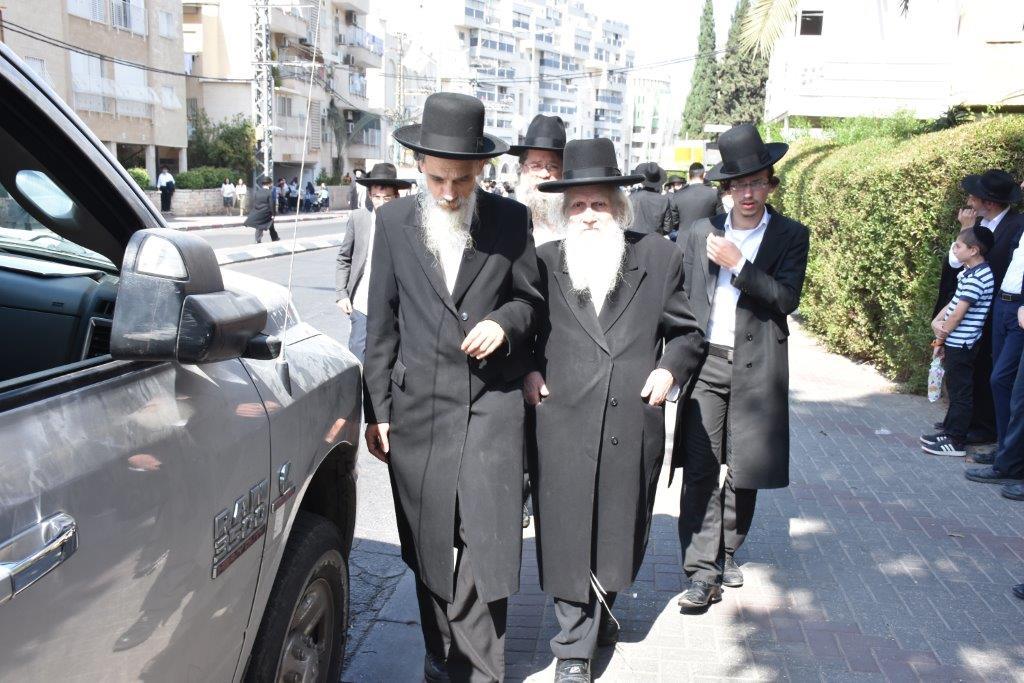 הלוויית ר' ניסים קרליץ צילום יהודה פרקוביץ (10)