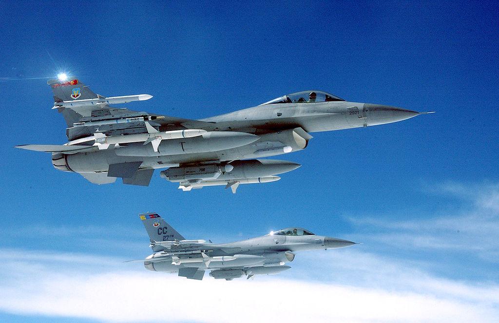 מטוס קרב מדגם F16