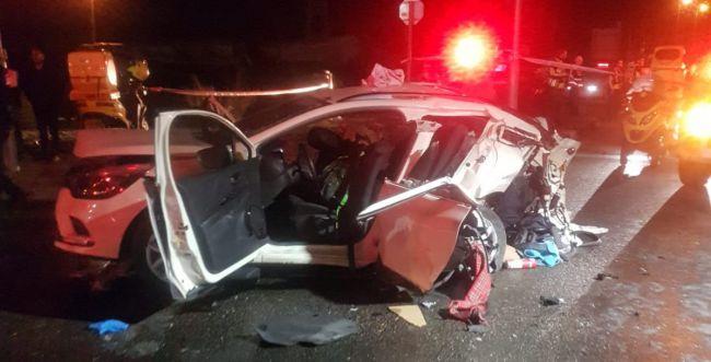 1תאונת-דרכים-נווה-צוף-e1575177719844__w650h331q80