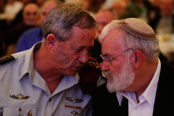 עמידרור עם גנץ בעת שירותו הצבאי
