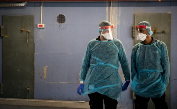 קורונה בית חולים מסכות