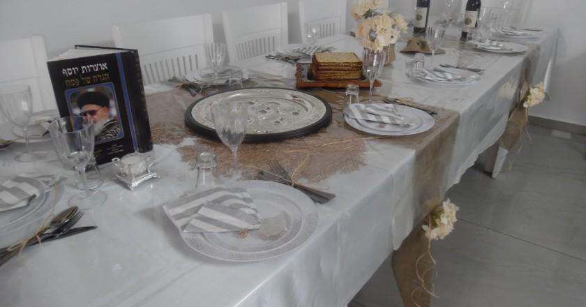 שולחן ליל הסדר 1